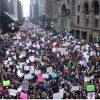 D. Trumpas tviteryje sukritikavo protestuotojus