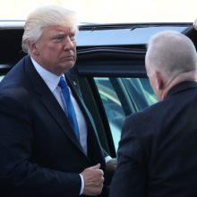 D. Trumpas ragina susitelkti į kovą su terorizmu ir Rusijos grėsmę