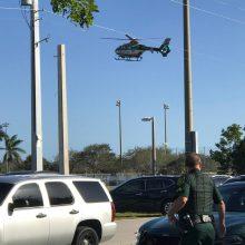 Floridoje buvęs moksleivis mokykloje nušovė mažiausiai 17 žmonių