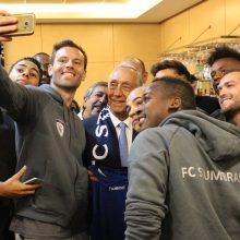 """Portugalijos prezidentas susitiko ir su """"Stumbro"""" futbolininkais"""