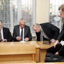 """""""Naftos grupės"""" vadovai apskundė teismo skirtas bausmes"""