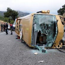 Turkijoje per autobuso avariją žuvo penki žmonės, 40 sužeisti