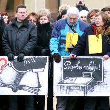 Protestas plinta: streikuojančių mokyklų sąrašas išaugo iki 105