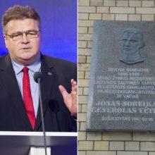 L. Linkevičius ragina nedelsti nukelti Generolo Vėtros atminimo lentą