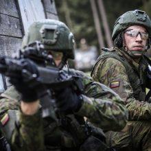 R. Karoblis: šalies gynybą reikia didinti dėl augančios Rusijos agresijos