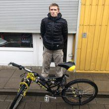 Policininkų įtarimai pasitvirtino: vyras dviratį pavogė