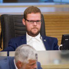 Per apkaltą atvirai balsuojama nebus, nes nepritarė Seimas