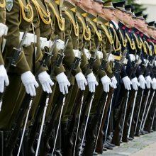 Partijų susitarimą dėl gynybos tikimasi pasirašyti rugsėjį