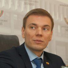 M. Puidoko pataisas dėl vaiko teisių stabdo Seimo teisininkai