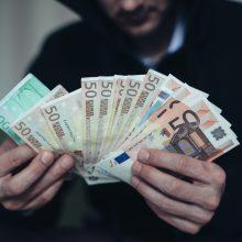 Kretingos rajone sukčiai iš vyro išviliojo 3 tūkst. eurų
