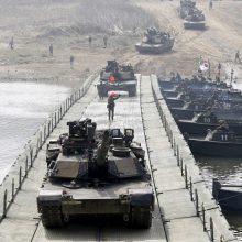 JAV ir Pietų Korėja surengs dėl olimpiados atidėtas bendras karines pratybas