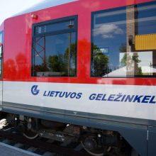 Traukiniai iš Vilniaus į Kauną ir Klaipėdą vėluoja dėl remonto