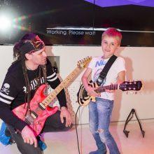 Auginame vaiką: muzikos įtaka tobulėjimui