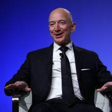 """""""Amazon"""" įkūrėjas į savo kosmoso bendrovę investuos virš 1 mlrd. JAV dolerių"""