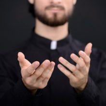Naujoje ataskaitoje demaskuojami lenkų kunigai pedofilai