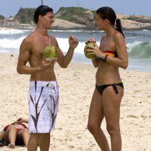 Ar tiesa, kad moterys turi daugiau šonkaulių nei vyrai?