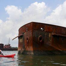 Ar pasaulio vandenynuose daug apleistų didžiųjų laivų?