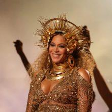 Vaizdo įrašas iš Beyonce koncerto: atlikėja laukiasi ketvirto vaiko?
