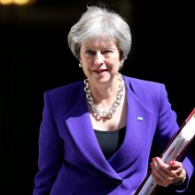 """Jungtinės Karalystės verslas palaiko Th. May """"Brexit"""" planą"""