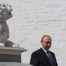 Putinas pasveikino Armėnijos premjeru išrinktą opozicijos lyderį N. Pašinianą