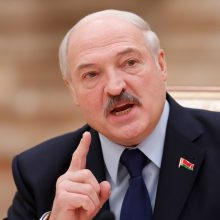A. Lukašenka užsiminė apie Baltarusijos nepriklausomybės laukiančius išbandymus