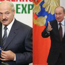 """Minskas pabrėžia nepriklausomybę įsisiūbavus kalboms apie """"integracija"""" su Rusija"""