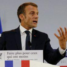 E. Macronas: jei bus puolamas Idlibas, Prancūzija nedalyvaus Stambulo susitikime