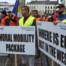 Rytų Europos vežėjai protestuoja Briuselyje