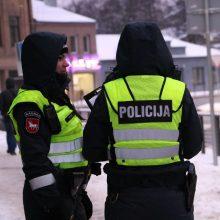"""Pareigūnų patikrinimas Kaune: baudomis apipylė skubėjusius """"A"""" juosta"""