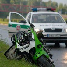 Pasvalio rajone susižalojo beteisis motociklininkas