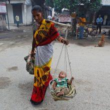 Į kanalizaciją Indijoje išmesta 19 moteriškos lyties embrionų