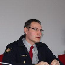 Ministerija ugniagesių vadui siūlo skirti papeikimą: jo pažeidimai kartojasi