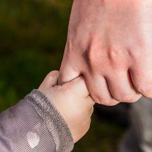 Tiesia pagalbos ranką auginantiems negalią turinčius vaikus