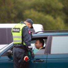Išgėrę vairuotojai pareigūnams – dosniausi?
