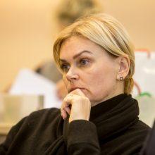 """Tyla: miesto tarybos narė E.Plūkienė nepanoro kalbėti apie tai, kodėl jos pavardės neliko """"Vieningo Kauno"""" kandidatų sąraše."""