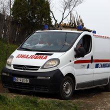 Serbijoje į autobusą įsirėžus traukiniui žuvo penki žmonės, dar 26 sužeisti