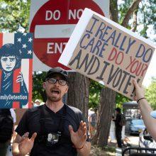 Visoje Amerikoje organizuojami protestai prieš imigracijos politiką