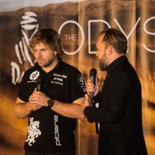 Lenktynininkas B. Vanagas pristatė automobilį, kuriuo važiuos Dakare