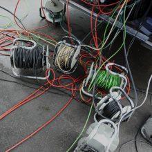 Šiemet nutiesta per 600 kilometrų elektros kabelių