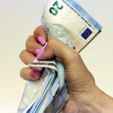 Politikų akiratyje – piliečių skolos
