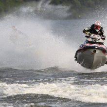 Zarasai laukia vandens motociklų gerbėjų: kiekvienas galės pasijusti profesionalu