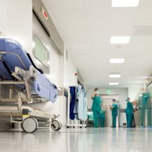 Tėvą sužalojęs nepilnametis dėl nestabilios būklės paguldytas į ligoninę