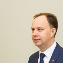 Ministerija siūlo riboti gydymo įstaigų vadovų kadencijas, steigti valdybas