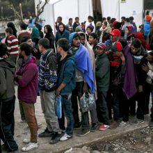 Lenkijos katalikų lyderis grasina prieš migrantus nusiteikusiems kunigams