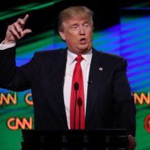 Vaizdo įrašas su CNN mušančiu D. Trumpu papiktino JAV žiniasklaidą