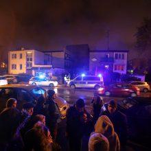 Lenkijoje per gaisrą žuvusios paauglės bus palaidotos drauge