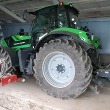 Kėdainių rajone rasti Lietuvoje ir užsienyje pavogti traktoriai