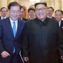 Abi Korėjos susitarė Pchenjane surengti viršūnių susitikimą