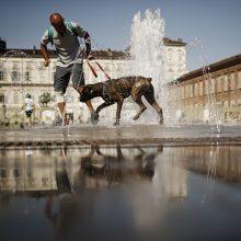 Italijoje smarkios audros pareikalavo trijų žmonių gyvybių