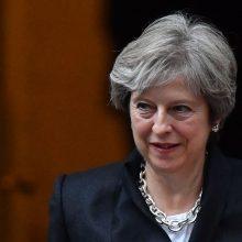 """Britanijos premjerė neatsakė, ar dabar balsuotų už """"Brexit"""""""
